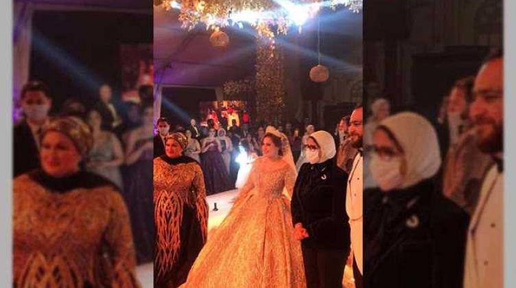 """موجة غضب بسبب فيديو وزيرة الصحة في زفاف يخالف الإجراءات الاحترازية.. """"ضربت عصفورين بحجر"""""""