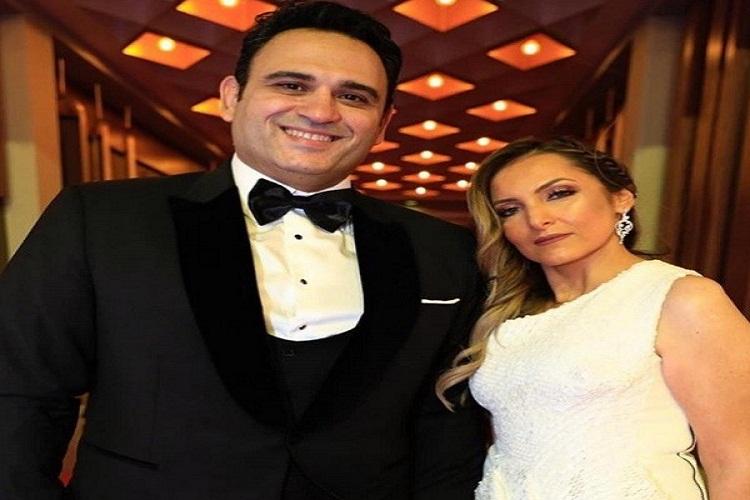 من هي زوجة الفنان أكرم حسني