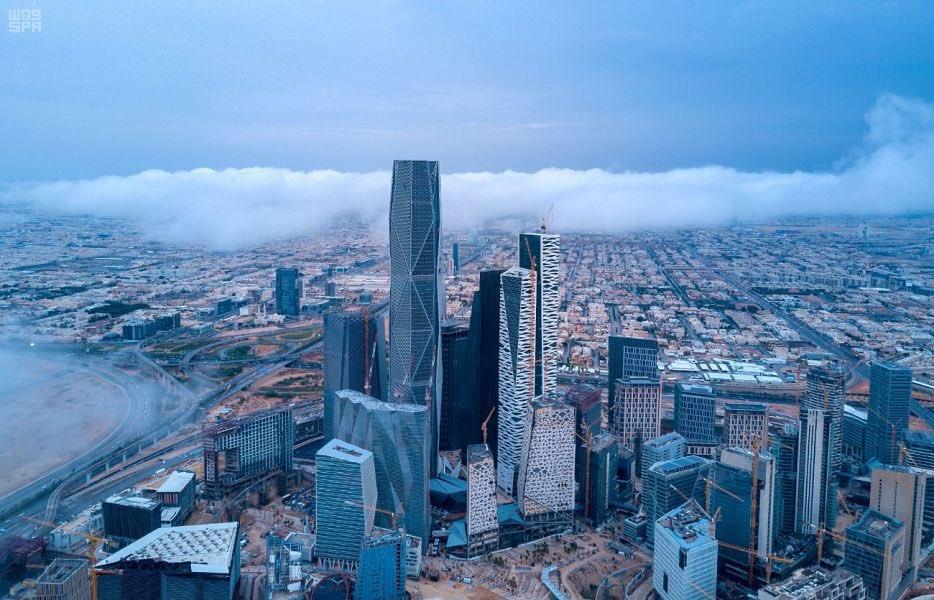 صور| الرياض الآن.. الأمطار تحول السعودية قطعة من أوروبا.. والوطني للأرصاد يُحذر