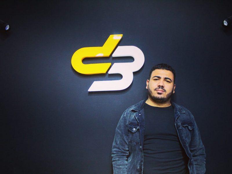 من هو محمد عصام الكاتب والمدون في مجال تكنولوجيا المعلومات